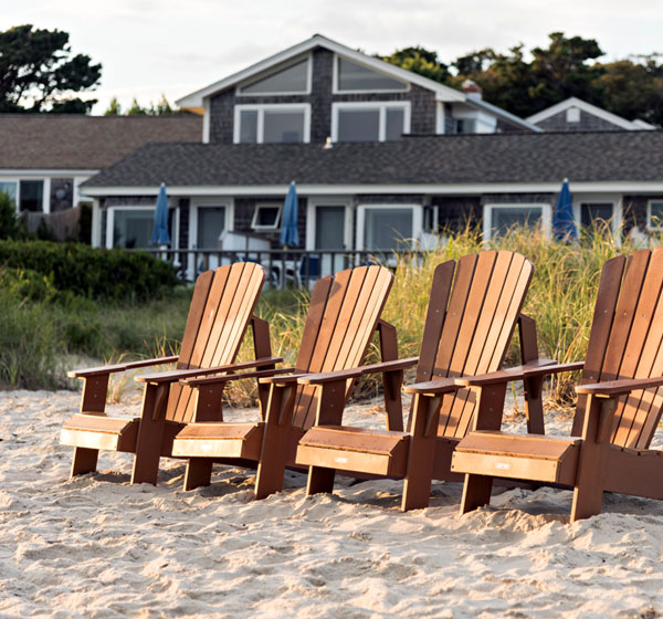 beachfront hotel on Cape Cod in Chatham